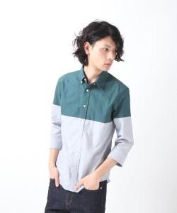 バイカラーシャツ×濃紺パンツ