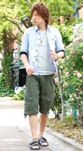 子供っぽく見える半端丈パンツ