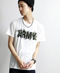 白,Tシャツ
