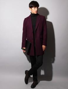 ワインレッドのコート,着こなし