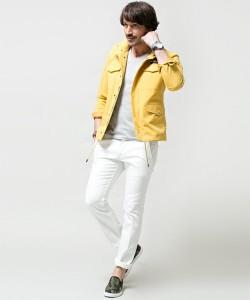 黄色のシャツ 着こなし メンズ