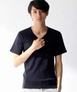 VネックTシャツ メンズ