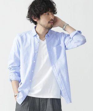 シャツブルゾン×白の無地Tシャツ