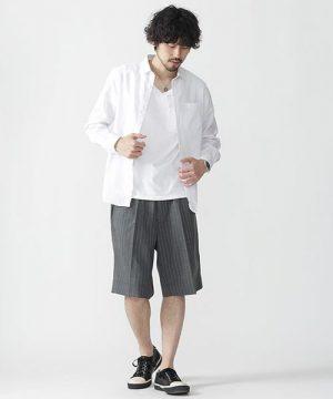 白のシャツ 夏コーデ