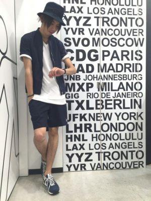 リネンシャツ×ハーフパンツ