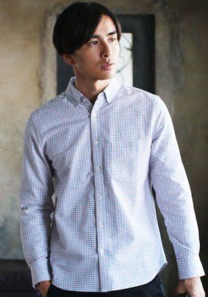 ギンガムチェックのシャツ 冬コーデ