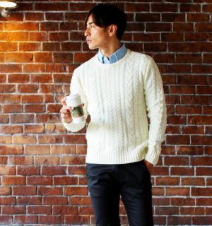 メンズのシャツ 冬コーデ