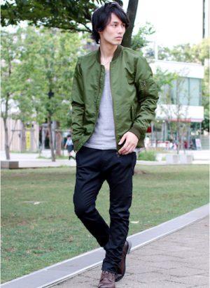 緑の秋アウター 着こなし