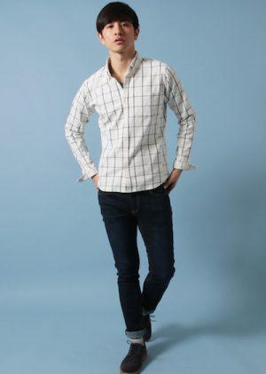 ウィンドペンのシャツ×ブラウンのレザーシューズ