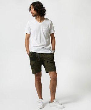 白の無地Tシャツ 夏コーデ