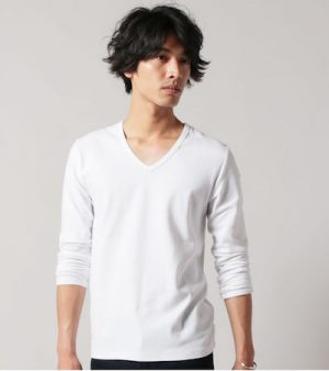 白無地のTシャツ メンズファッション