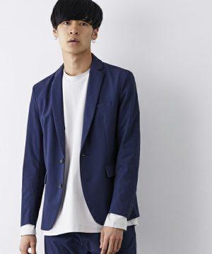ビッグシルエットTシャツ×テーラードジャケット