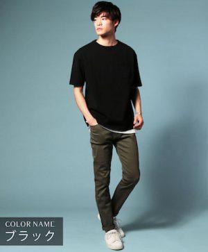 黒のオーバーサイズTシャツ 夏の着こなし