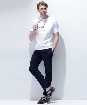 白の無地Tシャツ おしゃれに着こなす