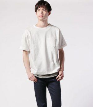 白の無地Tシャツ おしゃれに見える