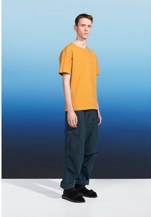 クルーネックTシャツ メンズファッション